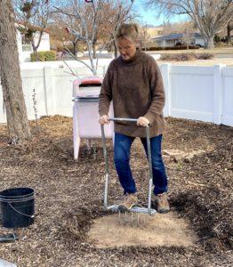 Loosening the soil
